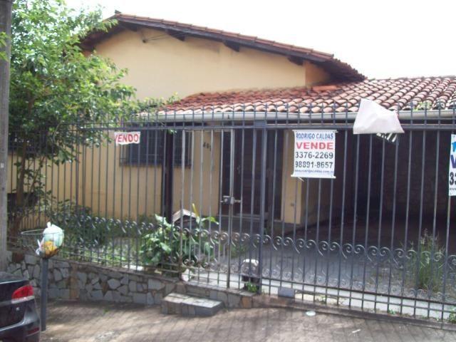 Casa colonial , 3 quartos , 4 vagas , habite-se , joão pinheiro , BH - Foto 2