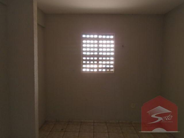 Apartamento para alugar, 30 m² por r$ 450/mês - f. brito -fortaleza/ce - Foto 4