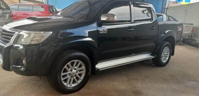Toyota hilux srv cd 3.0 4x4 aut. 2013, ligar * tâmila