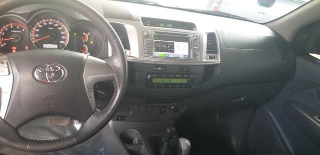 Toyota hilux srv cd 3.0 4x4 aut. 2013, ligar * tâmila - Foto 7