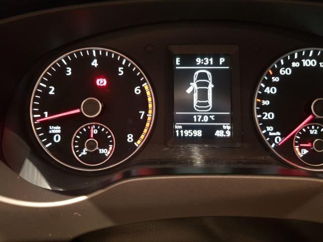 VW - Jetta Com Teto Solar - Foto 13