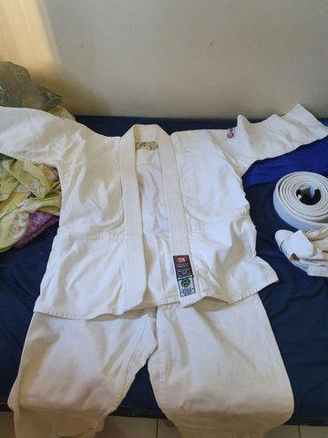 Vendo dois Kimonos por 150  - Foto 6