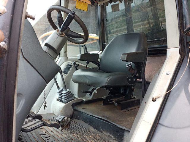 Trator valtra BM 110 gabinado Ar condicionado em Ariquemes - Foto 4