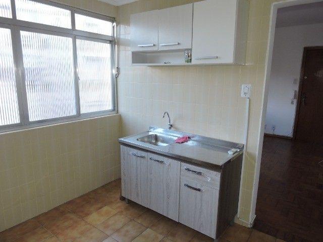Cód 1960 Ap reformado com Ar condicionado, 02 dormitórios. Próximo da Av. Ipiranga - Foto 7