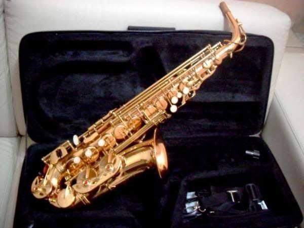 Sax Alto Winner + boquilha 4c Yamaha+ Palheta Plasticover