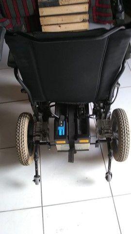 vendo Cadeira elétrica ou automática pra adulto como era mais conhecida   - Foto 5