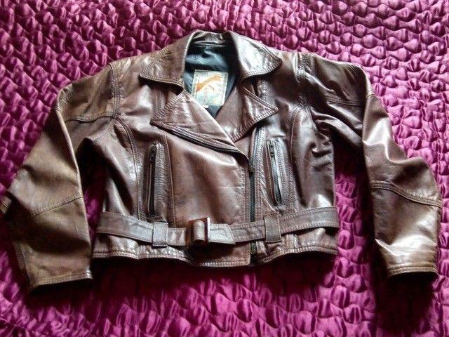 Jaqueta em couro legítimo feminina
