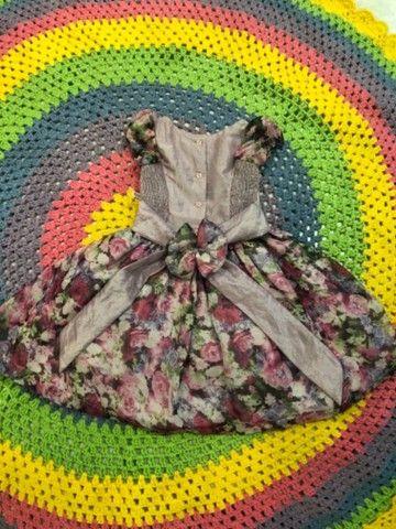 Vestido infantil florido de festa - Foto 4