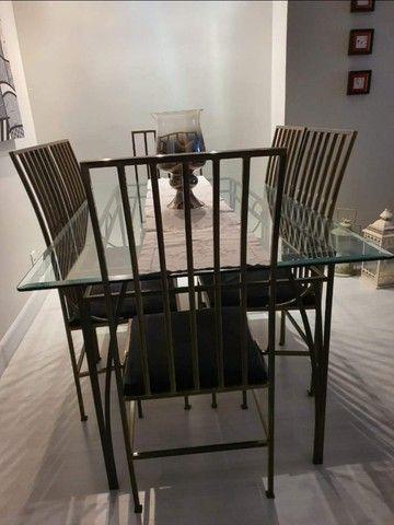 Mesa em ferro + vidro c/6 cadeiras (1,80 × 1,00) - Foto 2