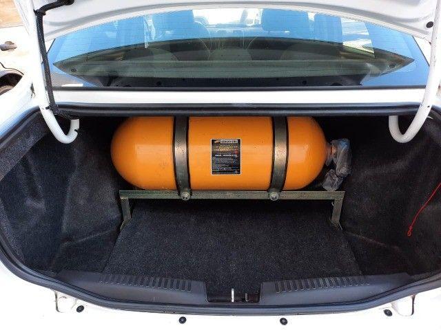 Fiat - Grand Siena Attractive, único dono, raridade, com GNV, apenas 28.000km. - Foto 8