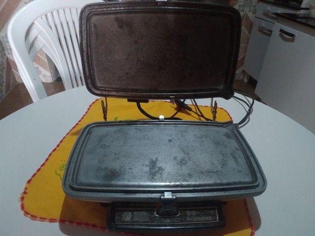 Grill altomático Black Decker antigo - Foto 2