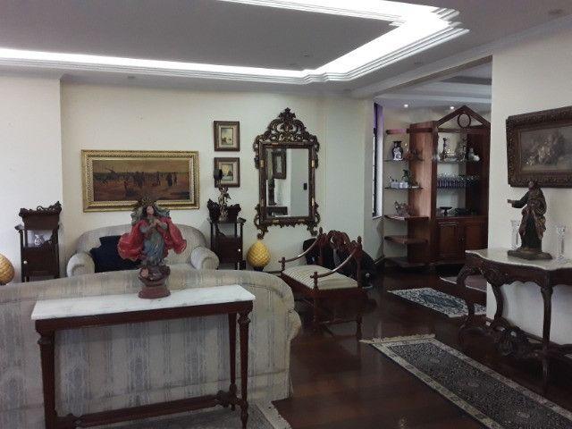 Apartamento 275m², 1 por andar, 3 suites, 3 vagas na Batista Campos - Foto 7