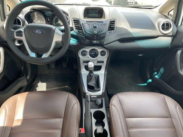 Ford New Fiesta Sedan 1.6 SE 2015 Top de Linha - Foto 5