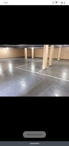 Total pisos (TUDO EM PISOS) Pintura epóxi PU alto nivelante MELHOR PREÇO DE CURITIBA - Foto 2