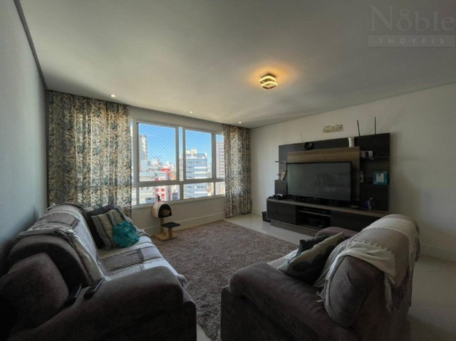 Apartamento 2 dormitórios na Praia Grande, condomínio completo, bem localizado - Foto 2