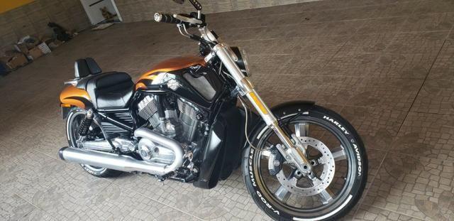 Harley Davidson V-Rod Muscle 1250 cc - Foto 13