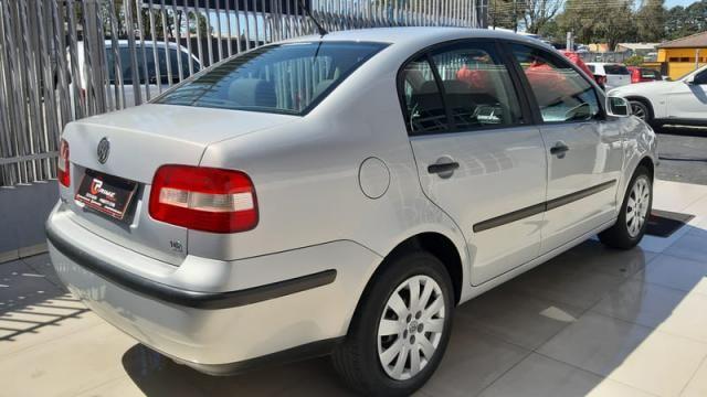 Volkswagen Polo Sedan 1.6 8v - Foto 3