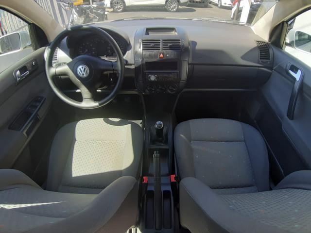 Volkswagen Polo Sedan 1.6 8v - Foto 15