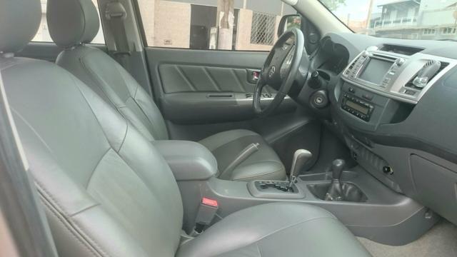 Vendo Toyota Hilux ano 2012 - Foto 6