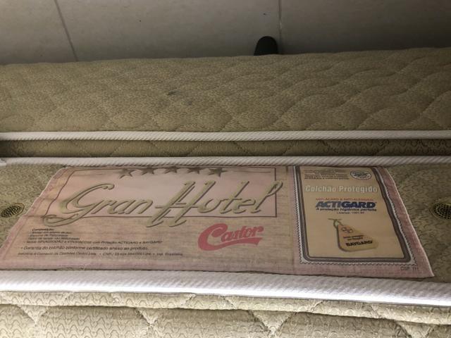 Cama box castor mola grand hotel