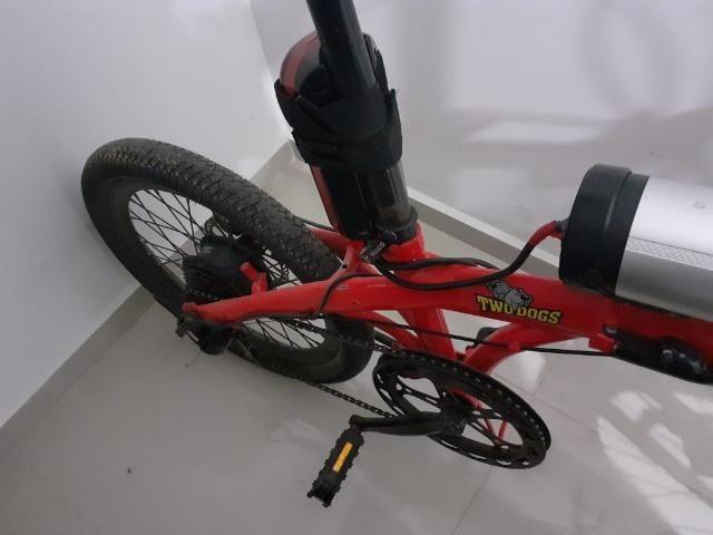 Bicicleta elétrica two dogs - Foto 3