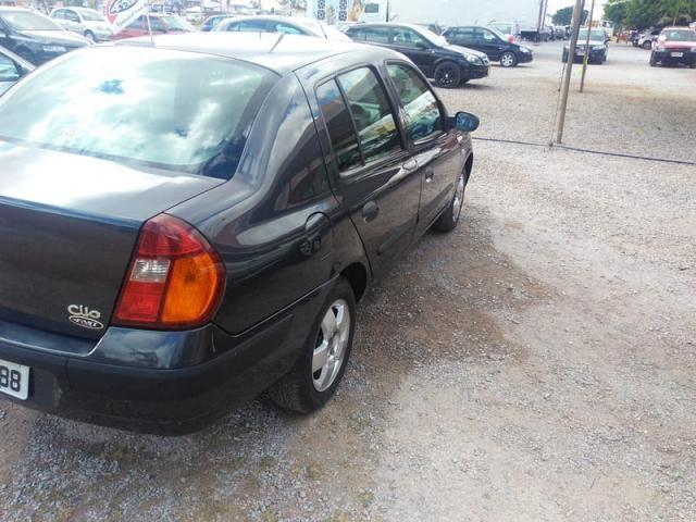 Renault clio sedan privilege 1.6 16v completo 2004 - Foto 6