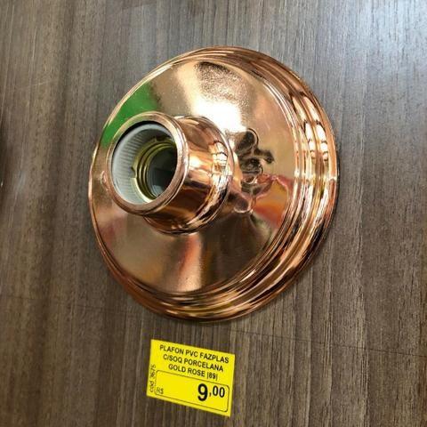Plafon Metalizado com soquete de Porcelana