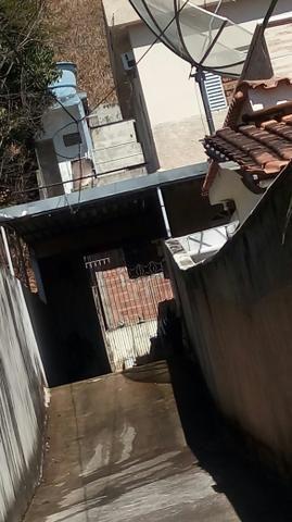 Vendo casa no centro de Pádua RJ - Foto 2