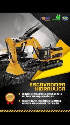 OPERADOR DE MÁQUINAS PESADAS