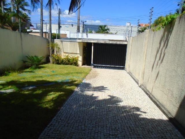 R.O Linda casa 3 dorm, churrasqueira e vagas na garagem - Foto 2