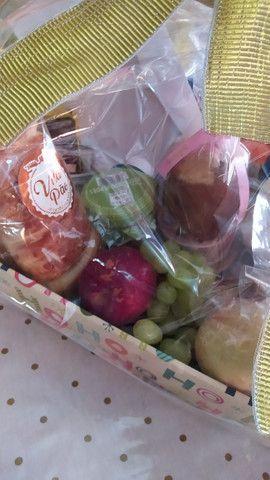 Cestas de aniversário - cestas de café da manhã - cestas de antepasto - cestas de queijos
