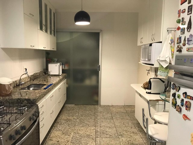 Linda casa em condomínio fechado melhor localização do Buritis - Foto 7
