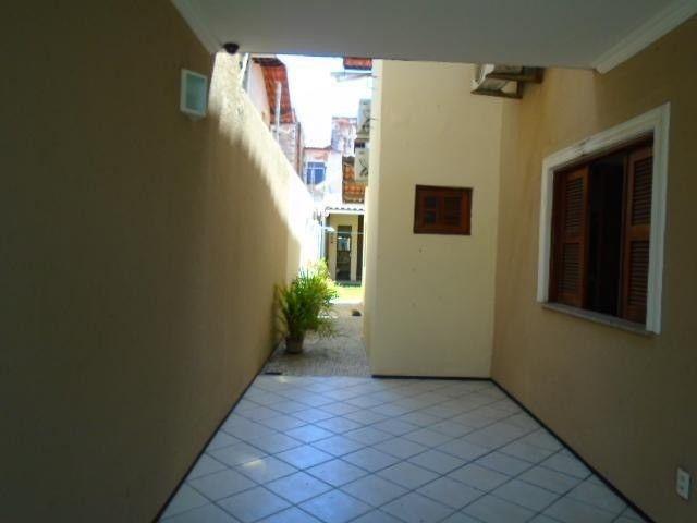 R.O Linda casa 3 dorm, churrasqueira e vagas na garagem - Foto 11