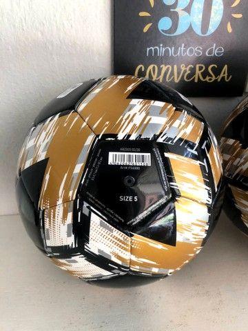 Bola Campo Adidas Nova e Original  - Foto 2