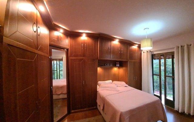 Casa em condomínio- Com 03 quartos , sendo 01 suíte - Morin- Petrópolis - RJ.