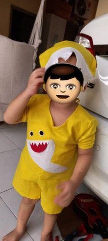 Fantasia Baby Shark 1 e 2 anos - Foto 2