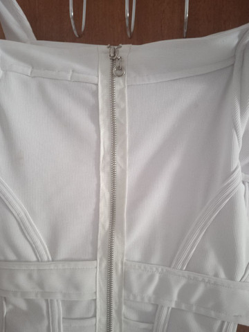 Vende-se vestido branco usado uma única vez - Foto 5