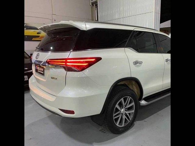 Toyota Hilux SW4 SRX 4x4 2.8  - Foto 6