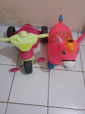 Brinquedos utilidades.  - Foto 2
