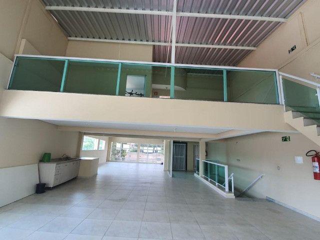 Sala Comercial Cobertura 240 Mts prédio com Elevador - Bairro Demarchi - SBC - SP