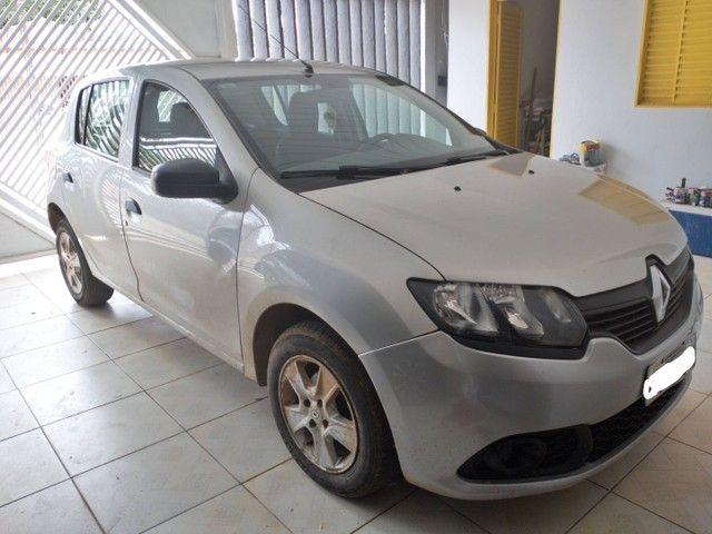 Carro Sandero 1.0 2015