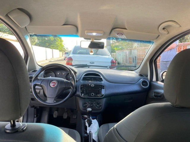 Vendo Fiat Punto Attractive 1.4 Flex 2014/2015 - Foto 6