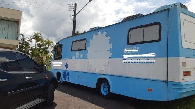 Vende-se Micro Ônibus 2005 -Ótimo para montar um motor home - Foto 8