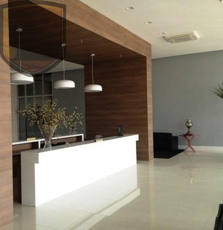 3225 - (3225) Sala no Office Tower, toda planejada com vista para Colares More...