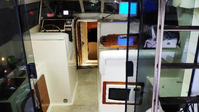 Lancha obra Capri 32 Fly - Barco de represa! Oportunidade única!! - Foto 9