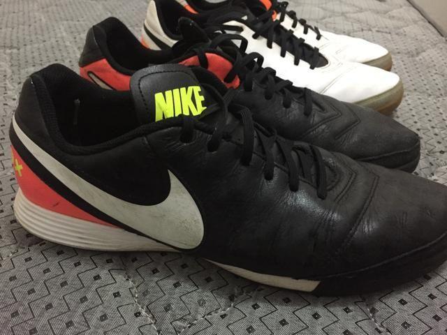 Chuteira 42/43 - Nike tiempo socyte