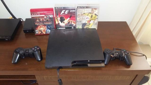 PS 3 1 TB 4 jogos e 2 Controles