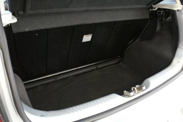 Volkswagen Fox 1.0 Total Flex - Foto 8
