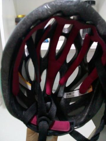 Capacete tsw ciclismo novinho com sinalizador donurto