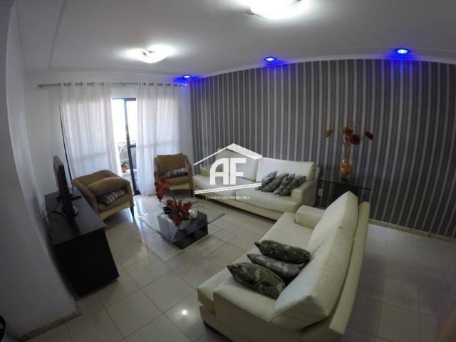 Apartamento no Farol com 4/4 sendo 3 suítes - Ótima localização, ligue já - Foto 8